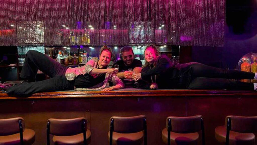 Cosy Bar skifter hænder